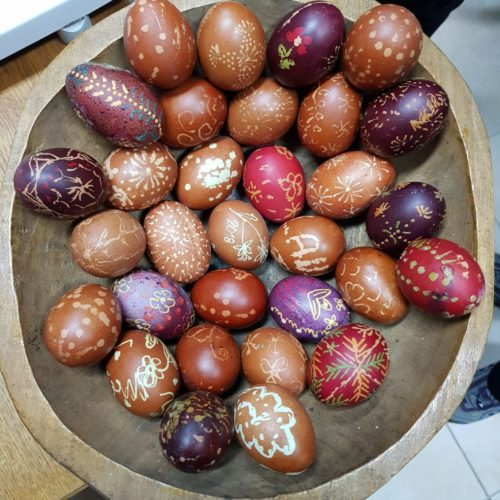 Radionica tradicionalnog ukrašavanja jaja voskom više nego uspješna